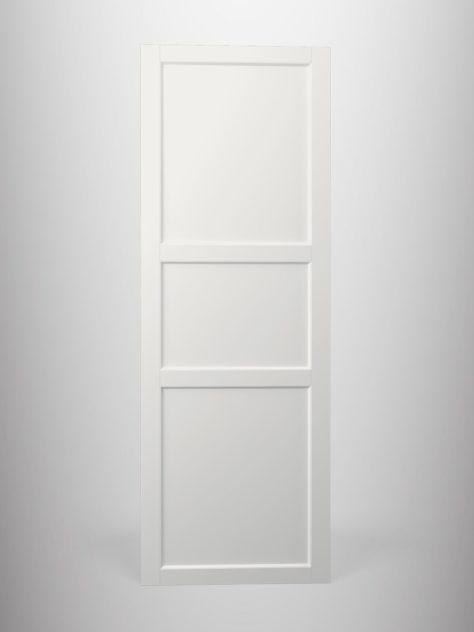 Shaker P4.3, kehyksellinen ovi, 45° sisäprofiililla, kolme paneelia, V-uralla.